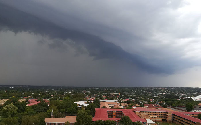 The South African Weather Service issued a warning for severe storms with hail, damaging winds & heavy downpours in Gauteng, Mpumalanga and Limpopo on Tuesday 9 January 2018. Picture: Twitter/ @tWeatherSA