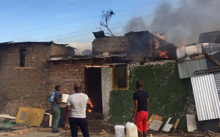 A fire has broken out at an informal settlement in Alexandra. Picture: Kayleen Morgan/EWN