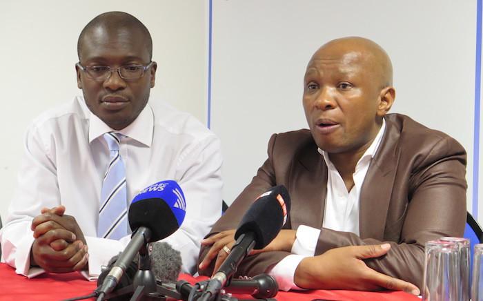FILE: Sanef chairperson Mpumelelo Mkhabela meets with ANC spokesperson Zizi Kodwa. Picture: EWN.