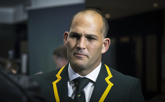 FILE. Fourie du Preez speaks with the press after being chosen to take part in the 2015 RWC in England. Picture: Anthony Molyneaux/EWN