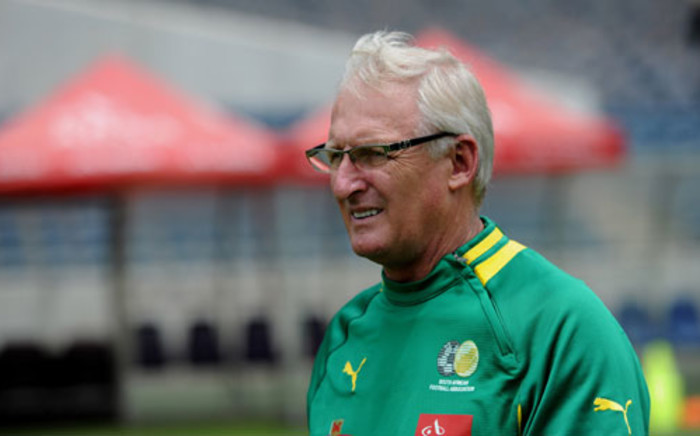 Bafana coach Gordon Igesund is seen at a training session at the Orlando Stadium in Soweto on Friday, 11 January 2013. The team will play a friendly match against Algeria at the venue on Saturday. Bafana Bafana face the Cape Verde Islands in the African Cup of Nations opener at the National Stadium on January 19. Picture: Werner Beukes/SAPA.