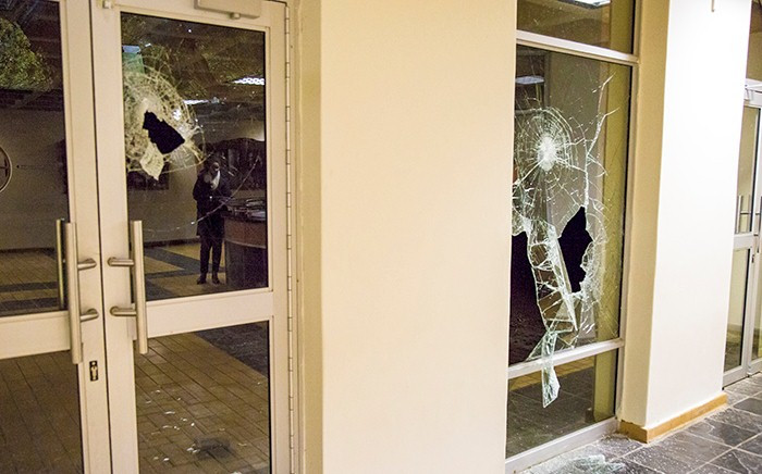Damage to the student buildings at Fort Hare University during overnight protests. Picture: Thomas Holder/EWN.