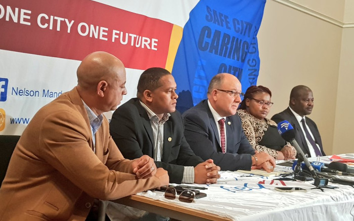 Nelson Mandela Bay Mayor Athol Trollip addresses the media on 10 April 2018. Picture: @DAEasternCape/Twitter