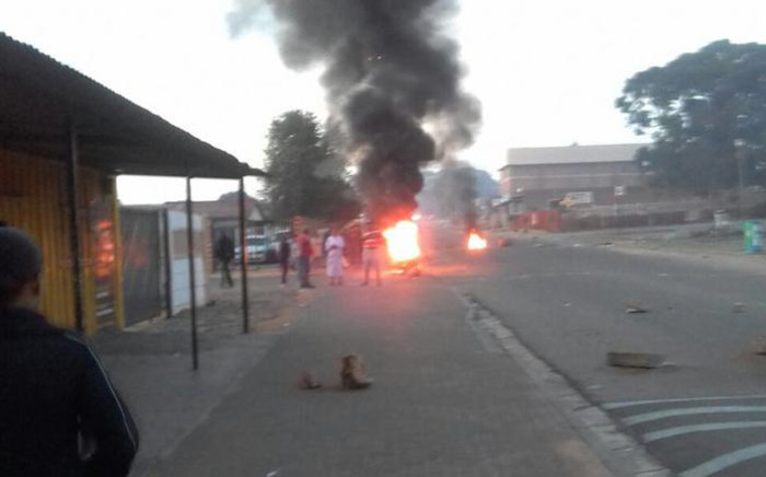 The Gauteng Human Settlements Department has called on Reiger Park residents to report any corruption regarding the allocation of RDP houses instead of taking the law into their own hands. Picture: Supplied.