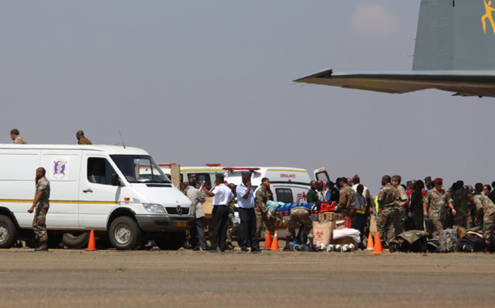 The plane carrying 26 South Africans, including three children, who were injured in the Lagos building collapse more than week ago has landed at the Swartkop Air Force Base in Pretoria on 22 September 2014. Picture: Christa Eybers/EWN