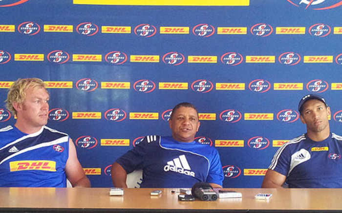 Stormers coach Allister Coetzee with Schalk Burger and Gio Aplon. Picture: Alicia Pillay/EWN