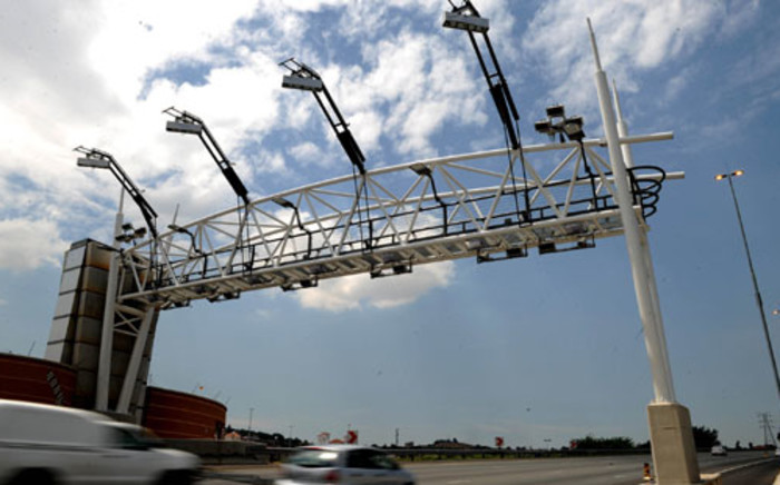 The DA's Ian Ollis says switching on e-toll gantries without the necessary legislation will make the collection of fees difficult for Sanral and government. Picture: SAPA