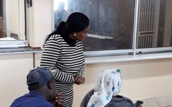 Gauteng Health MEC Gwen Ramokgopa interacts with a patient during an unannounced visit to Dr Yusuf Dadoo Hospital. Picture: @GautengHealth/Twitter.