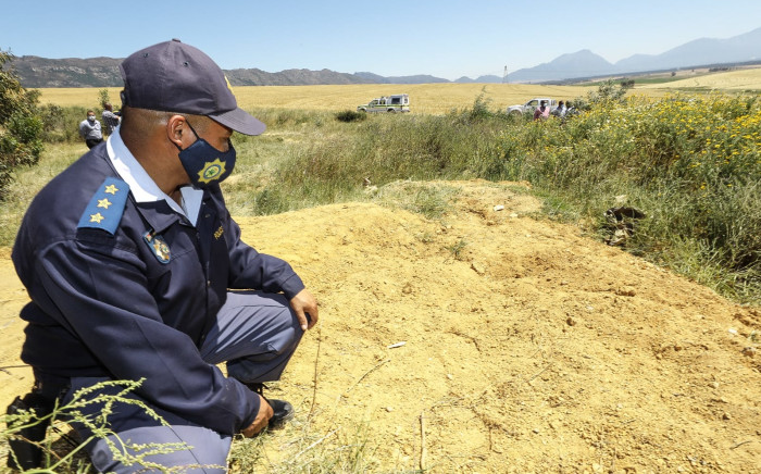 Provincial Commissioner visits Wolseley after discovery of three bodies. Picture: SAPS