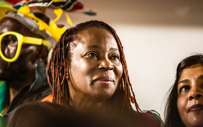 SA mountaineer Saray Khumalo is welcomed at OR Tambo International Airport on 27 May 2019 after returning home from Nepal where she summited Mount Everest. Picture: Kayleen Morgan/EWN