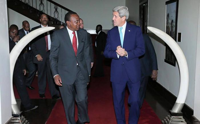 Kenyan president Uhuru Kenyatta receives US Secretary of State, John Kerry on official state visit on 4 May 2015. Picture: Uhuru Kenyatta official Facebook page.