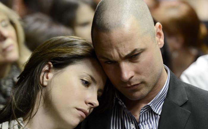 Aimee and Carl Pistorius. Picture: SAPA.