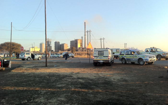 Police monitor the Marikana area around the Lonmin mines.  Picture: Gia Nicolaides/Eyewitness News