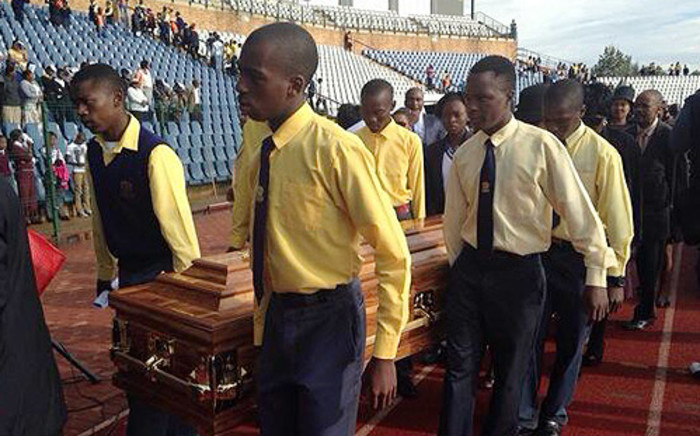 Thandeka Moganetsi and Cwayita Rathazwayo were laid to rest in the New Roodepoort Cemetery in Soweto on 25 February. Picture: Masego Rahlaga/EWN.
