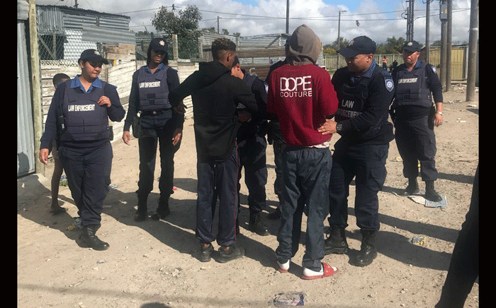 Law enforcement officials will continue to conduct patrols in Blikkiesdorp. Picture: Shamiela Fisher/EWN.
