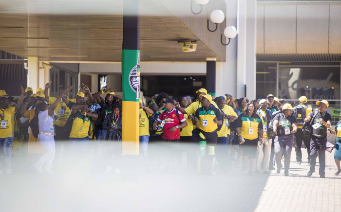 FILE: Members of the ANC sing and dance outside the plenary at the #ANC54 in Nasrec on 16 December 2017. Picture: Thomas Holder/EWN.