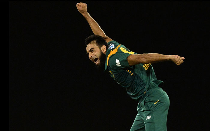 FILE: Proteas leg spinner Imran Tahir celebrates a wicket. Picture: @OfficialCSA/Twitter