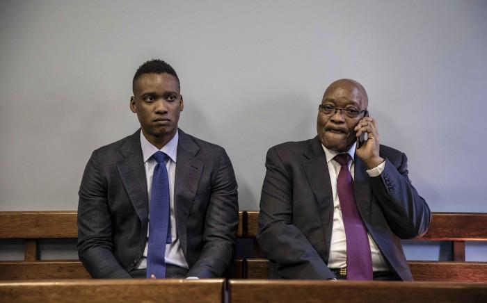 FILE: Duduzane Zuma (left) in court with his father Jacob Zuma. Picture: Thomas Holder/EWN
