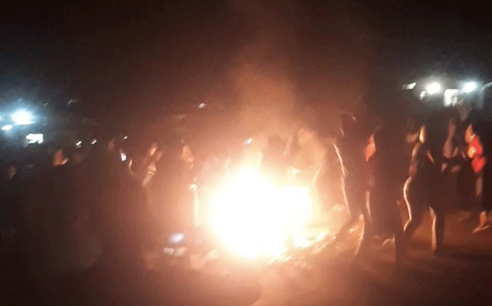 Days of pro-democracy demonstrations in eSwatini led to shops being set alight in Matsapha on 28 June 2021. Picture: @SwaziNews/Twitter.