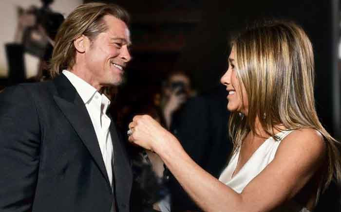 Brad Pitt and Jennifer Aniston greet each other on the red carpet at the SAG awards on 20 January 2020. Picture: Twitter/@SAGawards