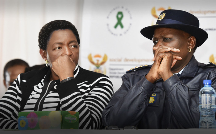 Department of Social Development's Minister Bathabile Dlamini and the SAPS Police Commissioner Riah Phiyega during the Child Protection Week Closing Ceremony. Picture: GCIS.