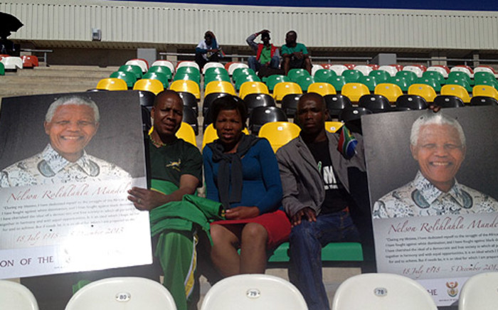 People came to watch Nelson Mandela's funeral from Mthatha Stadium on 15 December 2013. Picture: Renee de Villiers/EWN.