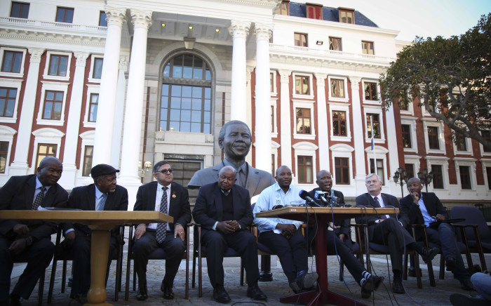 FILE: Leaders of various opposition parties hold a briefing outside Parliament on the motion of no confidence in President Jacob Zuma, which Baleka Mbete has decided will be held by secret ballot. Picture: Moeketsi Moticoe/EWN