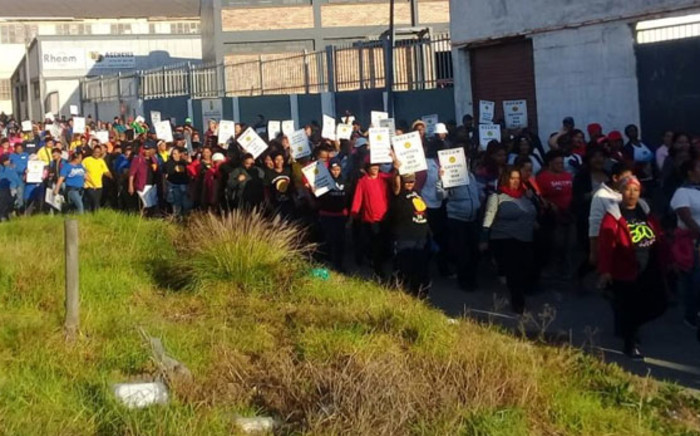 Sactwu members on strike. Picture: @SACTWU/Twitter