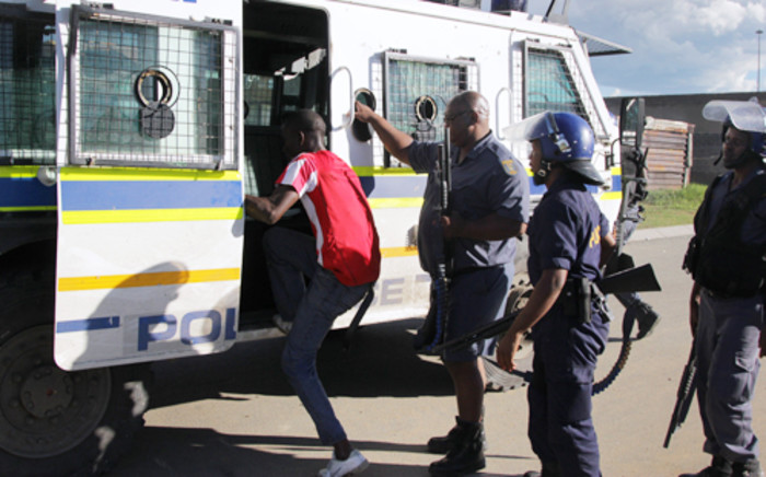 Hundreds of protesters have been arrested since violence erupted in Sasolburg on 20 January 2012. Residents do not want Sasolburg to be merged into the Ngwathe Local Municipality. Picture: Sebabatso Mosamo/EWN