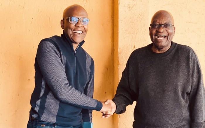 Mzwanele Manyi and Jacob Zuma. Picture: Dudu Zuma-Sambudla/Twitter.