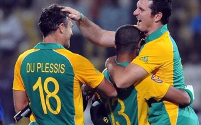 South Africa humiliated New Zealanders with an embarrassingly one-sided eight-wicket victory.