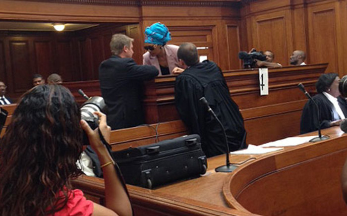 FILE: Convicted killer Thandi Maqubela chats to her legal team on 17 February 2014. Picture: Rahima Essop/EWN.