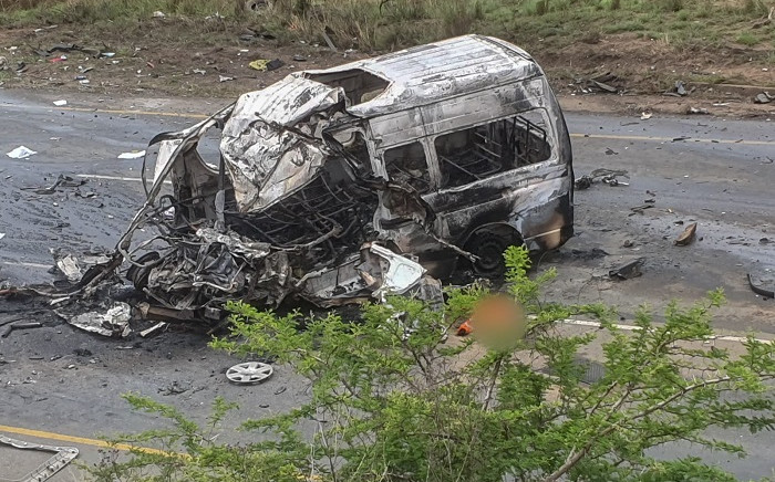 Thirteen people were killed on 21 October 2020 in a major crash on the R66 between Ulundi and Melmoth in KwaZulu-Natal. Picture: @_ArriveAlive/Twitter