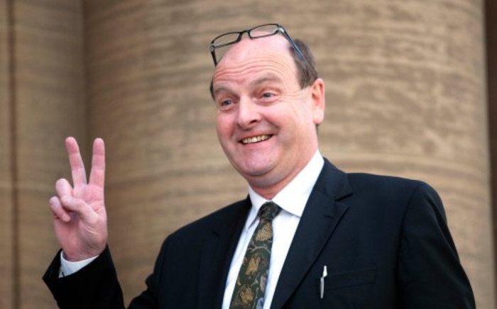 Forensic consultant Paul O'Sullivan. Picture: Sapa.