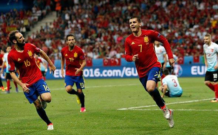 FILE: Spain forward Alvaro Morata (#7) celebrates his goal against Turkey in the Euro 2016 Group D on 17 June 2016. Picture: Facebook.