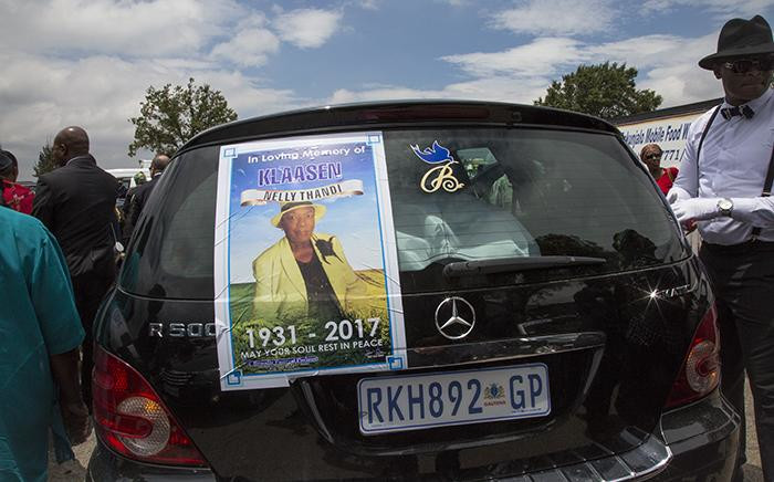 The hearse of late South African Jazz singer Thandi Klaasen outside the JD Thomas community hall in Johannesburg on 27 January 2017. Picture: Reinart Toerien/EWN