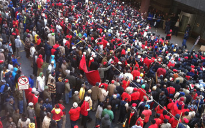 A group of striking Numsa members marched to Anderson Street on Monday 4 July, where they handed over a memorandum to bosses in the engineering sector. Picture: Susan Herbert/iWitness