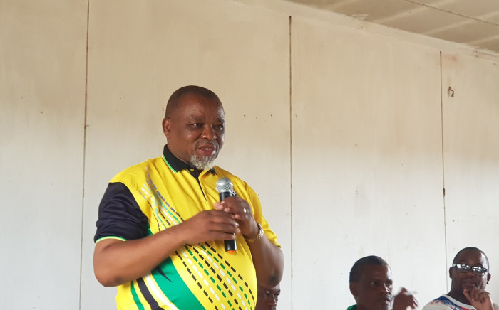 Mineral Resources and Energy Minister Gwede Mantashe in Schmidtsdrif, in the Northern Cape,  on 9 January 2020. The ANC met with community members in the area during its 8 January commemoration. Picture: @MYANC/Twitter