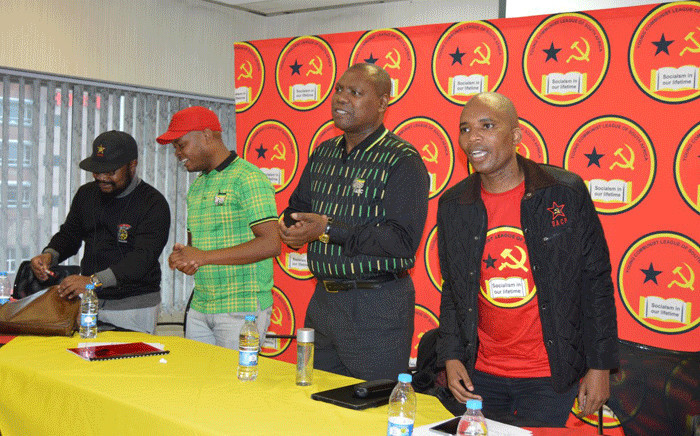 The ANC's Zweli Mkhize (second from right) addressed the Young Communist League during a summit on Saturday, 25 November 2017. Picture: @YCLSA/Twitter