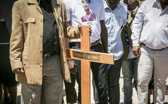 Xolile Mngeni was laid to rest today in Khayelitsha. Picture: Thomas Holder/EWN.