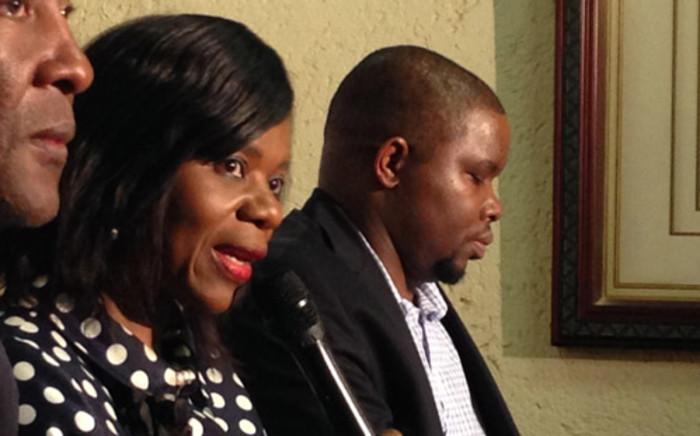 Thuli Madonsela (centre) has categorically denied that she or her office were behind the leak of the provisional Nkandla report. Picture: Reinart Toerien/EWN.