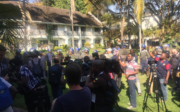 Zimbabwe police have harassed and forced journalists to leave the venue where the MDC Alliance was set to announce its own presidential results without any explanation. Picture: Clement Manyathela/EWN