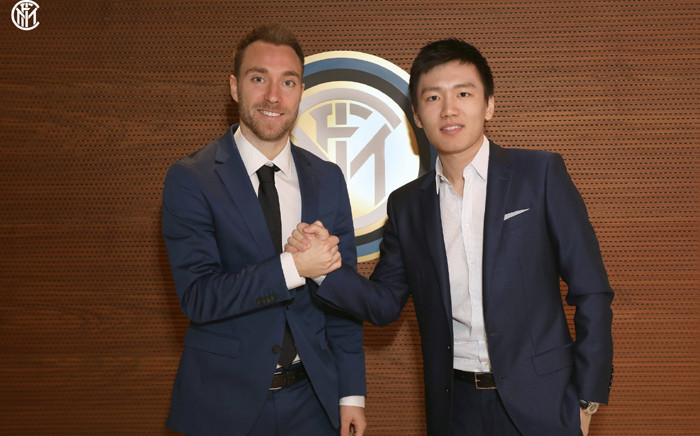 Danish international midfielder Christian Eriksen (L) and Inter president Steven Zhang (R). Picture: @Inter_en/Twitter