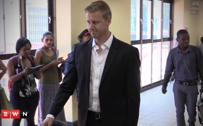 Gareth Cliff walking out the court room in Johannesburg. Picture: Kgothatso Mogale/EWN