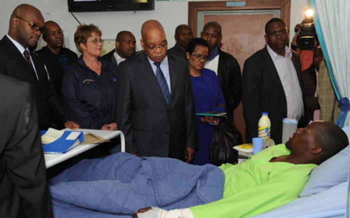 Zuma visits marikana patients