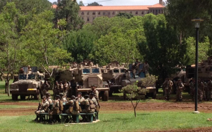 The DA has proposed that the defence force train in ghost towns after they shot & killed a guard by accident. Picture: Barry Bateman/EWN.