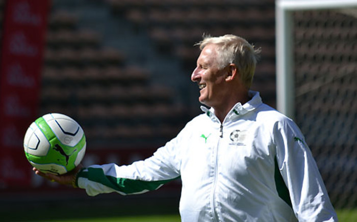 Bafana Bafana coach Gordon Igesund has some fun during a team training session at Athlone Stadium in Cape Town on 19 March 2013. Picture: Aletta Gardner/EWN