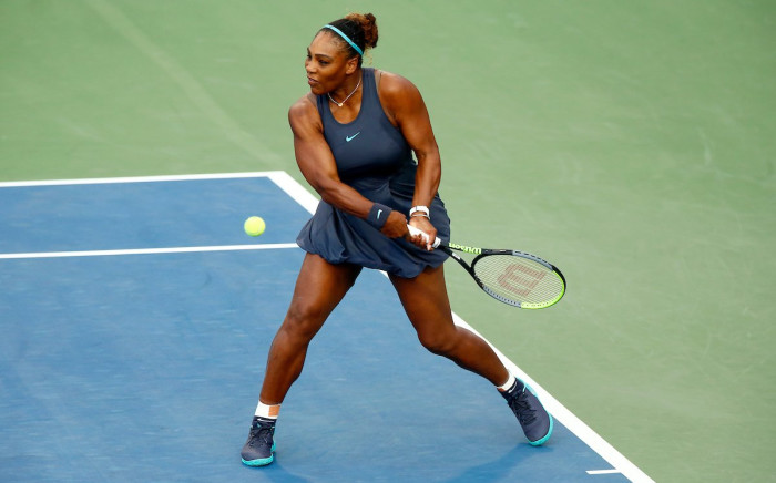 Serena Williams powers to the semifinals at the Rogers Cup in Toronto after beating Naomi Osaka 6-3, 6-4. Picture: @RogersCup/Twitter