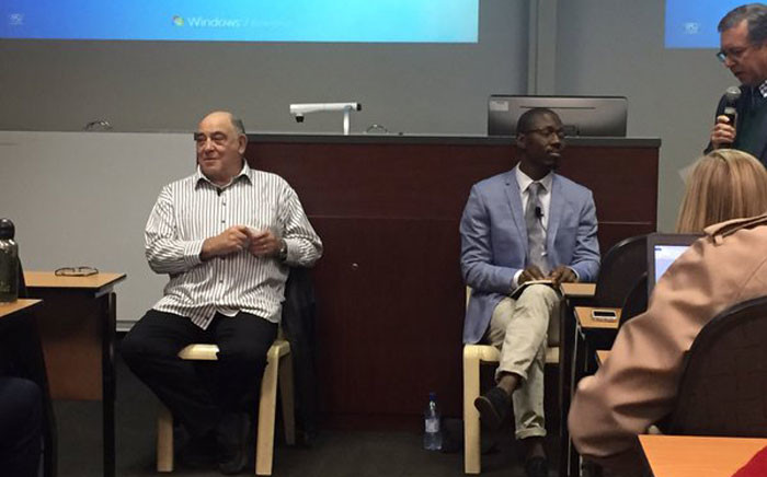 ANC stalwart Ronnie Kasrils at Stellenbosch University, discussing 'SA into the Future'. Picture: Monique Mortlock/EWN.
