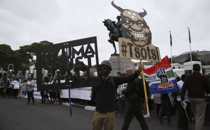 Protesters outside of Parliament called for President Jacob Zuma to step down. Picture: Cindy Archillies/EWN